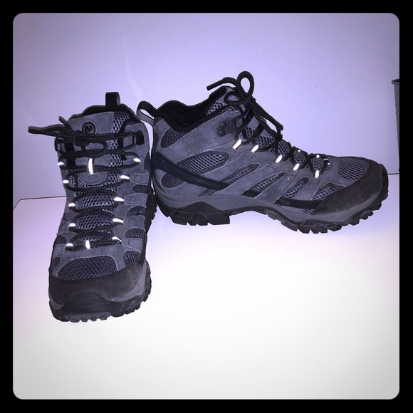 6ab87981231 Merrell Men's Moab 2 Mid Waterproof hiking boots